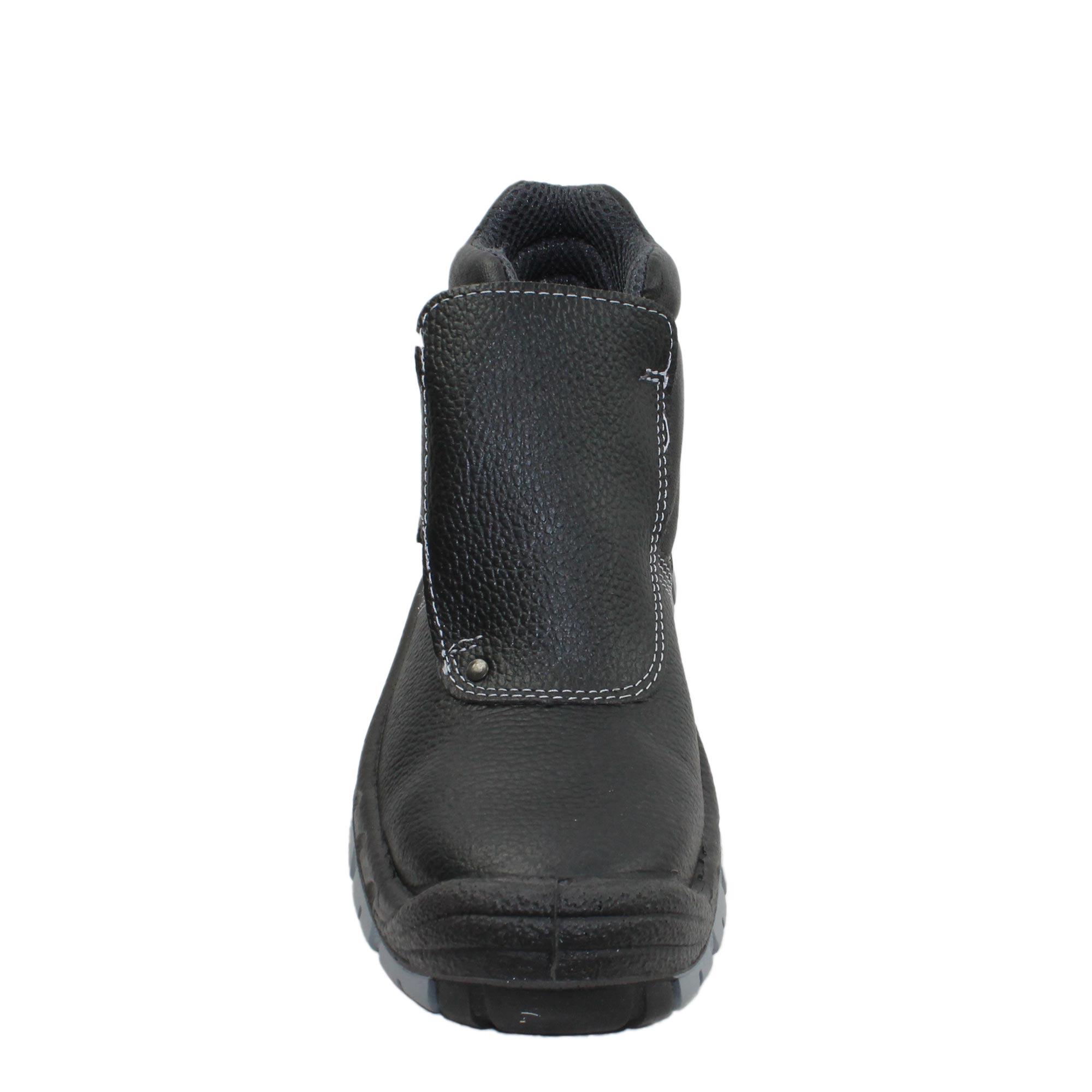 Est-ce que les chaussures de sécurité pour femme sont obligatoires?